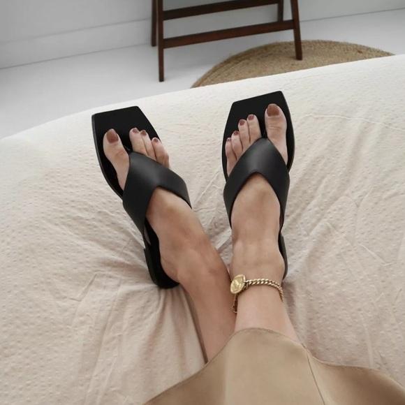 ZARA Black Square Minimalist Flat Sandals sz 41
